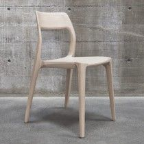 The November Chair by Veryday -