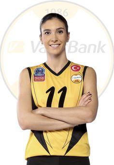 Naz Aydemir Akyol yuvasında kaldı All News, Good News, Sports, Beauty, Tops, Fashion, Hs Sports, Moda, Fashion Styles