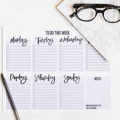 Tips on being your most organized self with a Weekly To Do List printable to kick start your productivity!