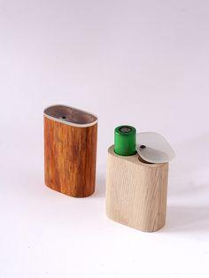 Artigiano:La Bottega di Giano  UtileBattery case 18650 in legno consigliato aiVapers