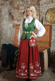 Follobunad Norway, Costumes, Beautiful, Vintage, Style, Fashion, Swag, Moda, Dress Up Clothes