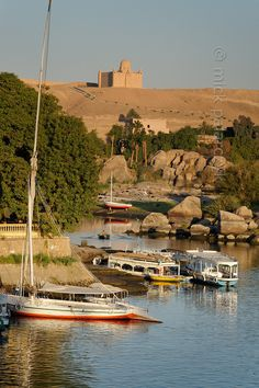 Southern Egypt: First Cataract at Aswan.  by Paul Smit | Mick Palarczyk