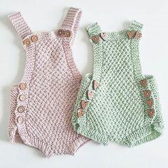 ⭐kjappstrikka drakt⭐Mitt favoritt strikkeplagg til lille skatt. Nå må jeg bare f