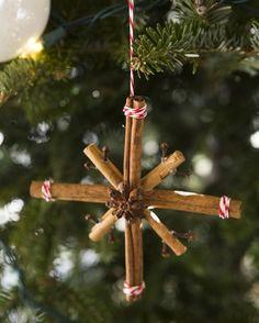 Aus Zimtstangen wird ganu leicht ein Stern für den Weihnachtsbaum.