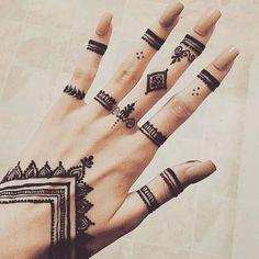 """830 Likes, 6 Comments - @henna_ahmar on Instagram: """" 0506979592 @henna_ahmar…"""""""