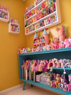 My Little Pony madness. A little girls dream Polly Pocket, Girl Room, Girls Bedroom, Room Baby, Kitsch, My Little Pony Bedroom, My Little Pony Collection, Toy Rooms, Displaying Collections