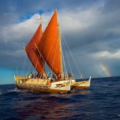 Hokulea sailing canoe on the voyage from Hawaii to Tahiti. Photo by Cristina Mittermeier.