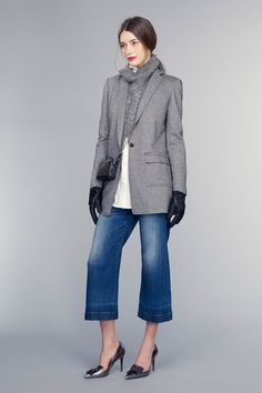 See the complete Banana Republic Fall 2015 Ready-to-Wear collection.