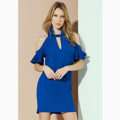 Quando um 'dress' resume todas as 'trends' queridinhas da temporada [ombro à mostra + babado + azul] a gente não resiste e quer para já!😱#reginasalomao #SunsetVibesRS #SS17
