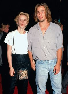 Brad Pitt, the biggest hunk of with his then girlfriend Juliette Lewis. Brad Pitt Girlfriend, Bratt Pitt, Brad Pitt Photos, Brad Pitt And Angelina Jolie, Geena Davis, 90s Outfit, Young Actors, Celebs, Celebrities