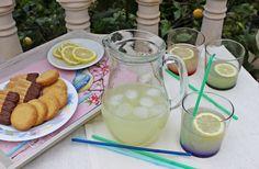 Limonada :: Citronáda http://sladkyaslanydulceysaladodomains.tumblr.com/post/107007105442/citronada-limonada