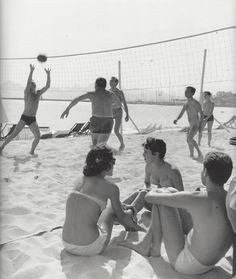 Kees Scherer    On the beach , Cannes  1956-1960