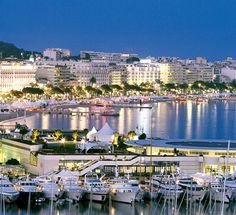 Les nuits de Cannes - Le vieux port, Le Palais des Festivals et La Croisette