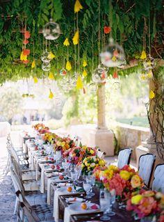 fun & bright outdoor table setting