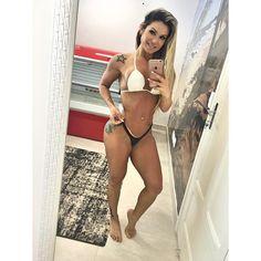 https://www.instagram.com/p/BIIb2ZGDsxNP4nZ6Z5kpSVMnJDvH-oW3J7nGdA0/?taken-by=andreiari