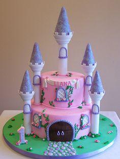 castle cakes with wilton romantic castle kit | Castle cake | Flickr - Photo Sharing!