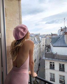 Photo by Nitsan Raiter on October 10, 2020. Image may contain: one or more people, people standing, sky and outdoor. Classy Aesthetic, Aesthetic Fashion, Urban Aesthetic, Aesthetic Vintage, Mode Outfits, Fashion Outfits, Fashion Tips, Fashion Clothes, Fashion Fashion