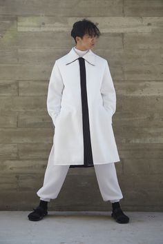 Reversible Coat / White Neoprene / Path Men
