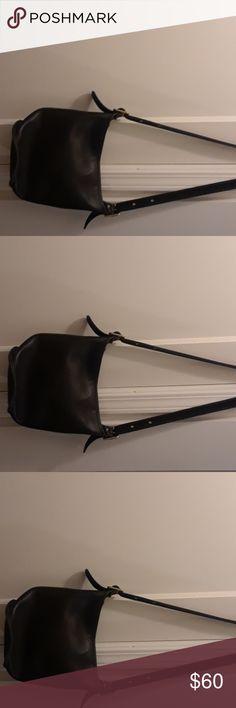 Black coach purse Nice vintage coach purse Coach Bags Shoulder Bags