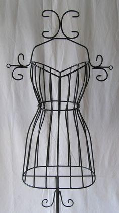 manequim de ferro decotativo para lojas de roupas