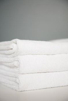 ¿Cómo blanquear profesionalmente las toallas para que queden como de hotel? | eHow en Español