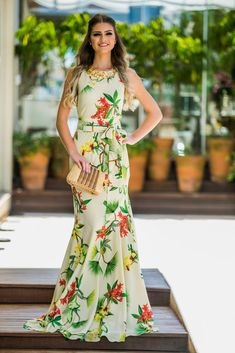 Nice looking and fancy dresses for the women. Nice looking and fancy dresses for the women. Elegant Dresses, Cute Dresses, Casual Dresses, Short Dresses, Girls Dresses, Vestidos Chiffon, Dress Outfits, Fashion Dresses, Evening Dresses