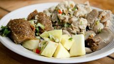 Learn to make the best Pudding and Souse in Barbados with our recipe. Barbados' longest traditional Saturday lunch for many Bajans. The souse is essentially pickled pork and the pudding is steamed sweet potato with chunks of breadfruit. Sweet Potato Pudding, Steamed Sweet Potato, Steamed Pudding Recipe, Pudding Recipes, Souse Recipe, Bajan Recipe, Macaroni Pie, Caribbean Recipes, Caribbean Food