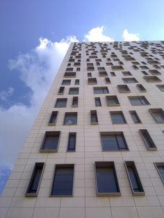 (Andrei Crisan, 2014) Skyscraper, Multi Story Building, Architecture, Arquitetura, Skyscrapers, Architecture Design