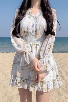 Image about girl in korean fashion Girly Outfits, Simple Outfits, Pretty Outfits, Pretty Dresses, Beautiful Dresses, Dress Outfits, Casual Dresses, Cute Outfits, Summer Dresses