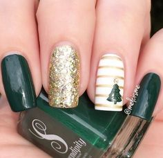 Winter nail design ideas,Green and gold winter nail art design