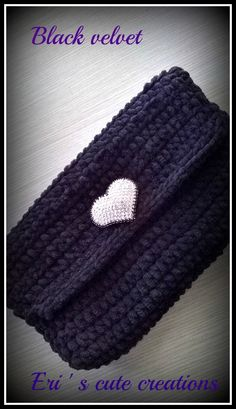Black Velvet, Beanie, Facebook, Knitting, Hats, Accessories, Ideas, Fashion, Totes