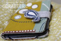 Mommy by day Crafter by night: {all wrapped up} kindle case + tutorial