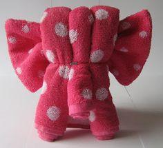 Er zijn veel mensen die kijken op mijn blog naar de foto's van het handdoekvouwen. Er is blijkbaar veel interesse om ook iets te maken, maar...