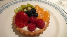 Fruit Tart by CAKE Amsterdam - Cakes by ZOBOT, via Flickr