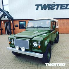 One of the main focuses of the build is the stage one front end. The dimensions and style of this kit compliment the two-box shape of a Defender and there's a version that's available to fit at home too *link in bio* Defender 110, Land Rover Defender, Land Rovers, Hulk, Yorkshire, Compliments, Two By Two, Stage, Bronze