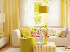 Yellow tone- perfect for a warm cozy living room