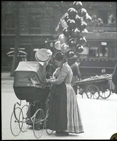 Balloon seller - Professions Of Paris In The Early Twentieth Century  Best of Web Shrine