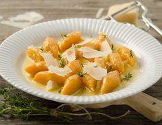 Kürbisgnocchi mit Käsesauce Pasta Noodles, Cantaloupe, Veggies, Pumpkin, Cheese, Fruit, Gabel, Recipes, Low Carb