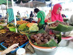 Food stall in Beringharjo Market,  Yogyakarta