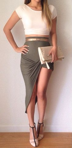 Women's fashion | Cream crop top, drape skirt, heels, clutch