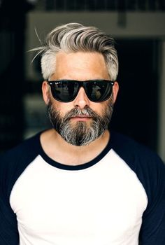 Ideas For Hair Men Hairstyles Face Shapes – Men's Hairstyles and Beard Models Trending Hairstyles For Men, Mens Summer Hairstyles, Older Mens Hairstyles, Face Shape Hairstyles, Haircuts For Men, Beard Styles For Men, Hair And Beard Styles, Short Hair Styles, Salt And Pepper Beard