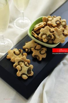 Biscotti alle olive Appetisers, Gingerbread Cookies, Crackers, Waffles, Biscuits, Breakfast, Create, Desserts, Food