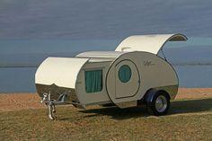 Gidget, the extending 50's style teardrop. Queensland, Australia.