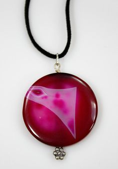 Check out this item in my Etsy shop https://www.etsy.com/listing/455267434/agate-pendant-necklace-round-fushsia