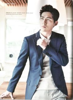Vic Zhou Yu Min [ 周渝民 / 仔仔 ] ~ Part 16 - Page 43 - Taiwanese Male Artists F4 Members, Vic Chou, Handsome Asian Men, V Cute, Esquire, No One Loves Me, Beautiful People, Suit Jacket, Singer
