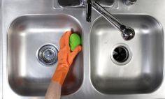 como limpiar un fregadero de acero inoxidable 4