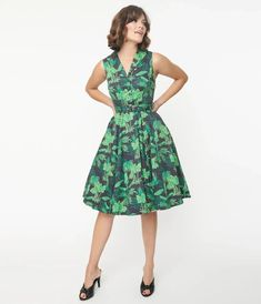 Navy & Green Tropical Print Jani Swing Dress Vintage Closet, Modern Outfits, Navy And Green, Swing Dress, Unique Vintage, Vintage Inspired, Tropical, Skirts, Clothes