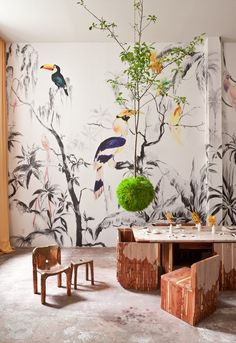 Pablo Piatti 'Tropical Birds' wallpaper mural-Put a dining room like this where you planned putting a living space beside the laundry room High Design, Deco Design, Wall Design, Design Design, Print Design, House Design, Estilo Tropical, Tropical Style, Turbulence Deco