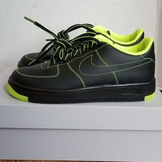 promo code 591af 5a498 NIKE AF1ULTRA FORCE CRFT GS DNU 7y BLK VOLT NOIR NEW. Men ClosetBoys  ShoesNike ...