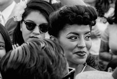 A Face In The Crowd, Barrio Boogie — Rafael Cardenas Photography and Musings